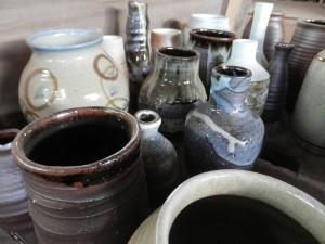 窯からでてきたばかりの作品。花器。